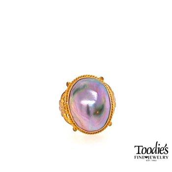 Vintage Mobe' Pearl Ring