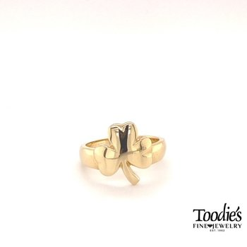 Yellow Gold Shamrock Ring