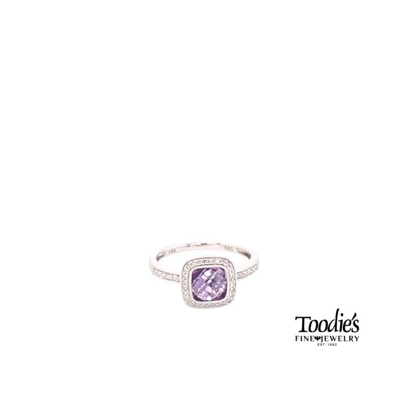 Toodie's Signature Fashion Amethyst And Diamond Halo Ring