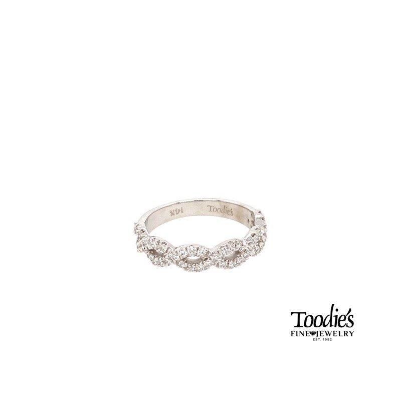 Diamond Bypass Ribbon Style Ring
