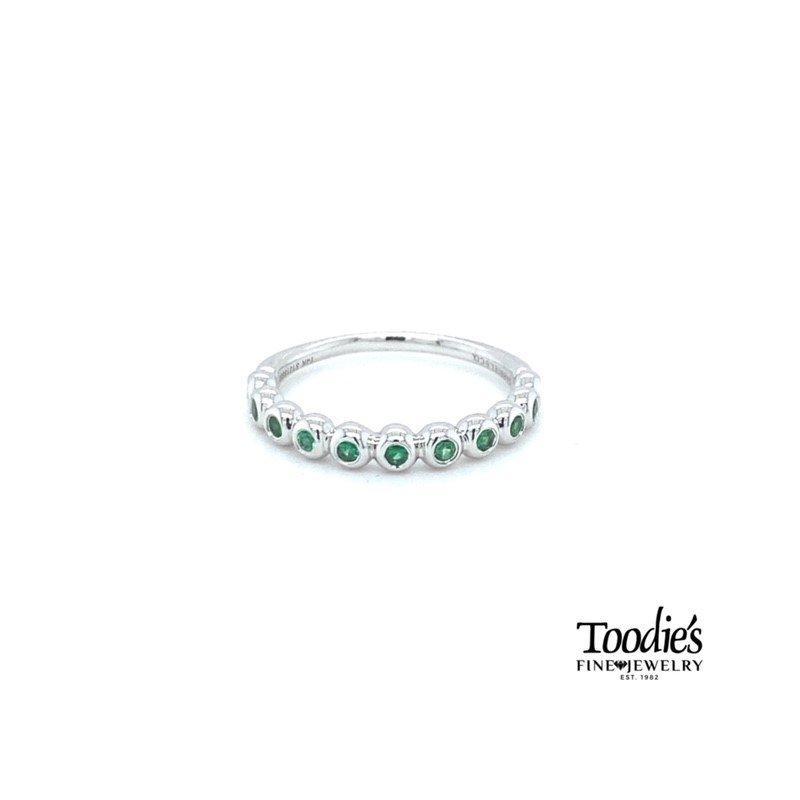 Gabriel Fashion Bezel Set Emerald Stackable