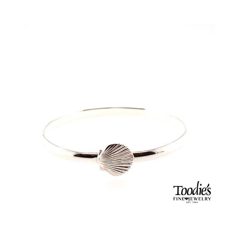 Toodie's Signature Fashion Clam Shell Bracelet