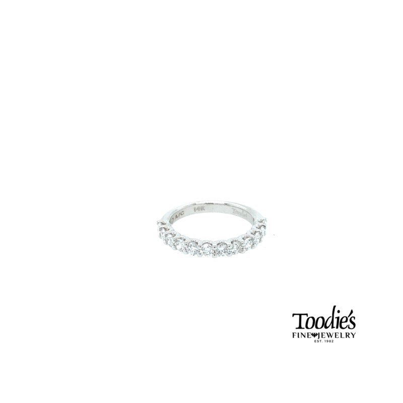 Toodie's Signature Fashion U-Shaped Shared Prong Diamond Band