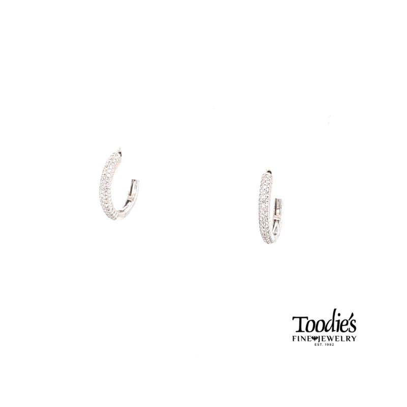Shy Creation Huggie Hoop Diamond Earrings