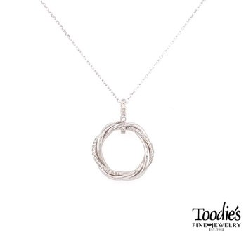 Twisted Diamond Circle Necklace