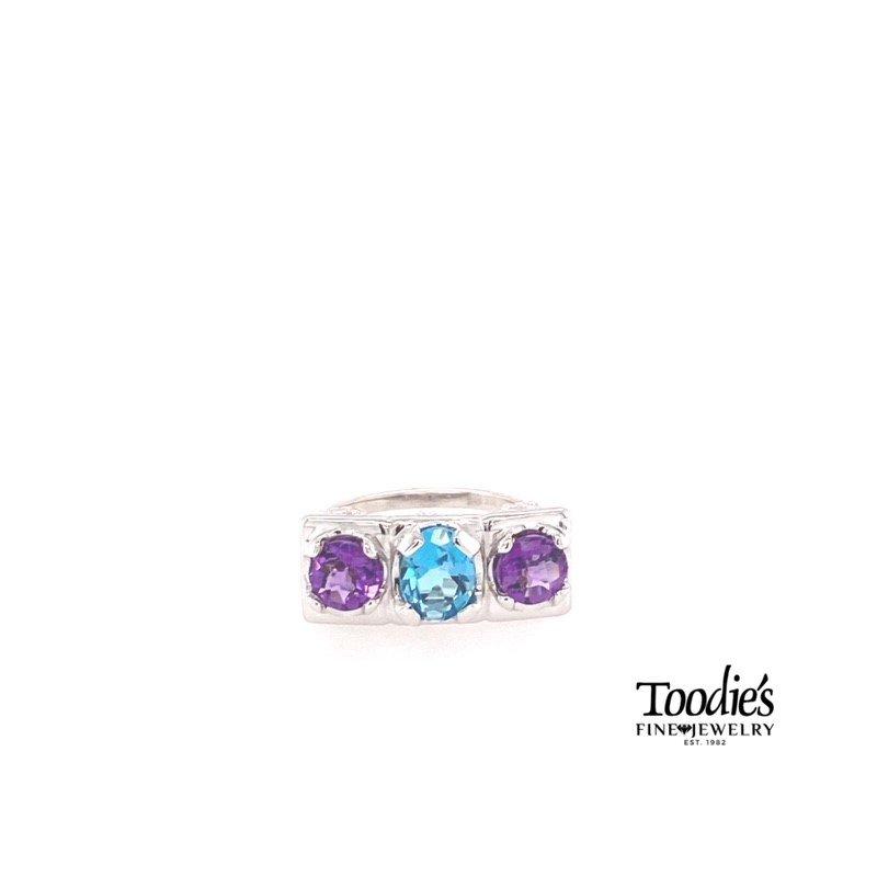 Toodie's Signature Fashion Three Stone Fashion Ring