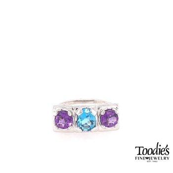 Three Stone Fashion Ring