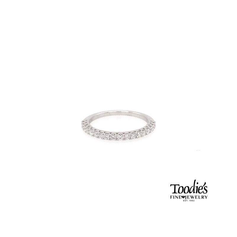 Toodie's Signature Fashion Shared Prong Style Diamond Band