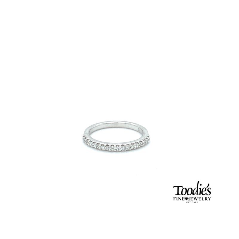 Toodie's Signature Fashion 1/4ct. twt. Shared Prong Diamond Band