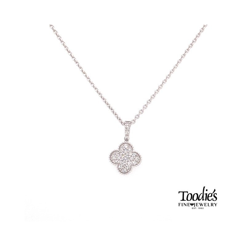 Toodie's Signature Fashion Diamond Clover Design Pendant