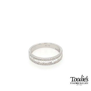 Diamond Baugette Fashion Ring