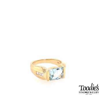 Bezel Set Aquamarine and Diamond Ring