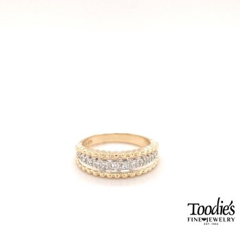 Diamond Beaded Finish Ring
