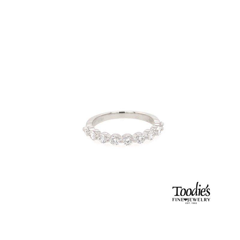 Toodie's Signature Fashion Platinum Single Prong Diamond Band