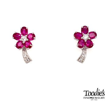 Diamond Flower Design Earrings
