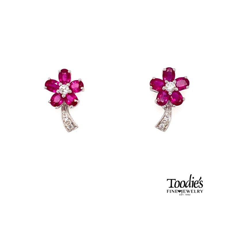 Toodie's Signature Fashion Diamond Flower Design Earrings