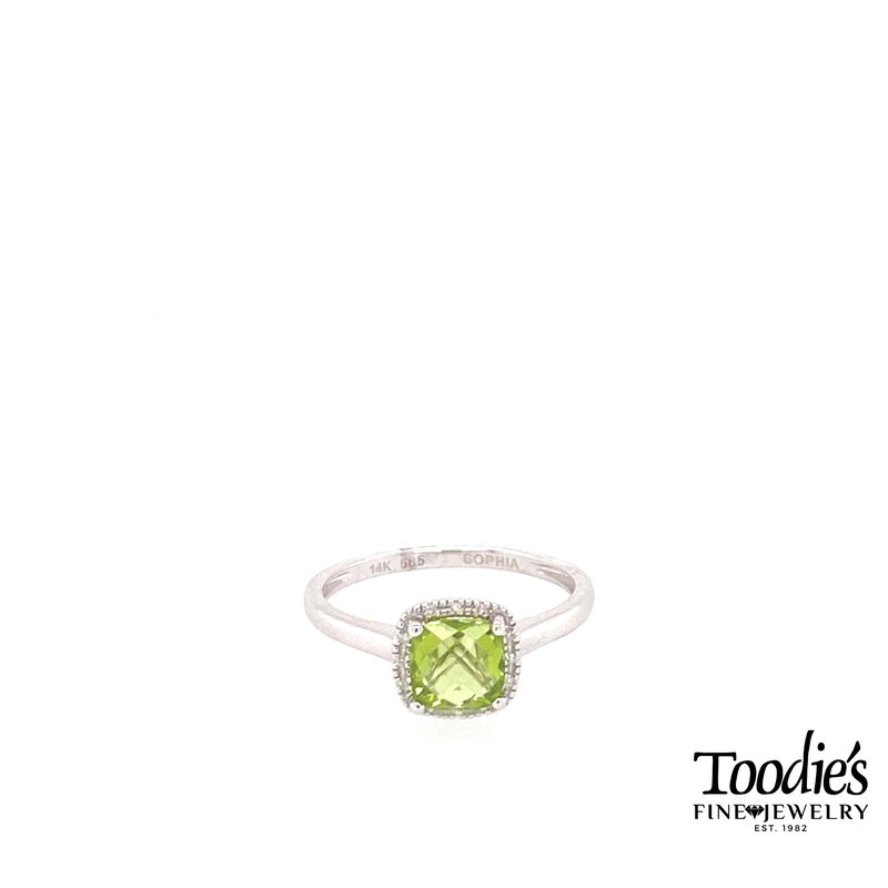 Toodie's Signature Fashion Peridot And Diamond Cushion Shaped Halo Ring