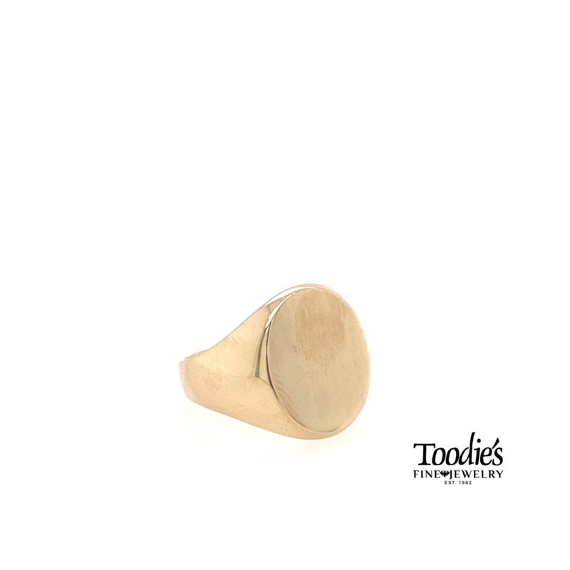 Toodie's Signature Fashion Gold Oval Signet Ring