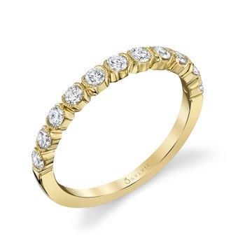 14k Gold Unique Bezel Diamond Band