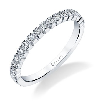 14k Gold Cushion Shape Diamond Band
