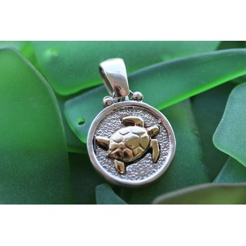 Sterling silver and yellow gold sea turtle plaque pendant