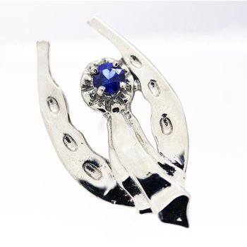 Sapphire and white gold, ribbon and horseshoe Tie tac