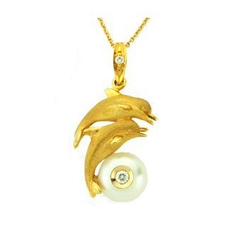 14Kt Porpoise Pendant With Pearl And Diamond