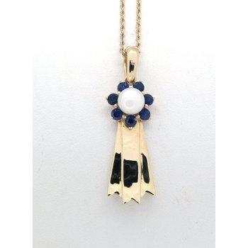 Blue ribbon pendant in yellow gold