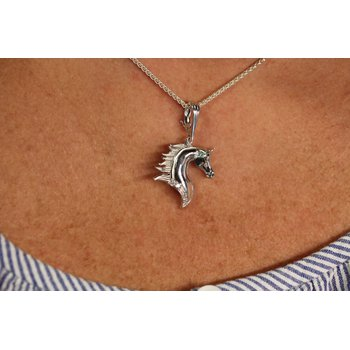 14kt White Gold Horse Head Pendant with Diamonds