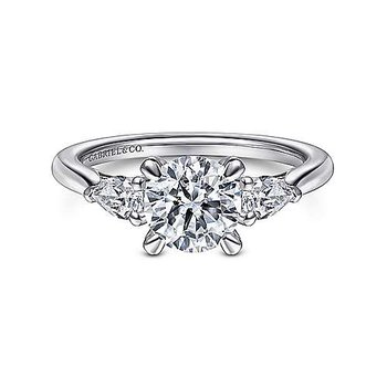 14KW 0.30TDW RND 3 STONE SEMI-MOUNT ENGAGEMENT RING