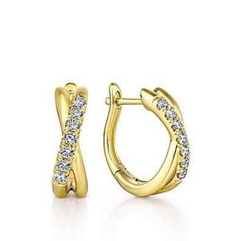 14K Yellow Gold Twisted 15mm Diamond Huggies