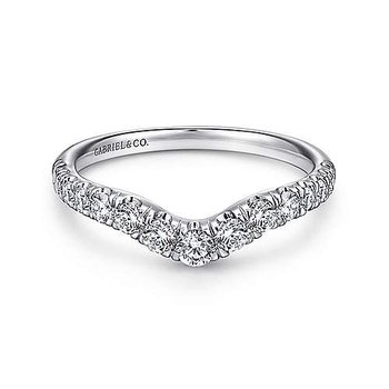 14KW 0.50TDW FRENCH PAVE SET CURVED WEDDING BAND