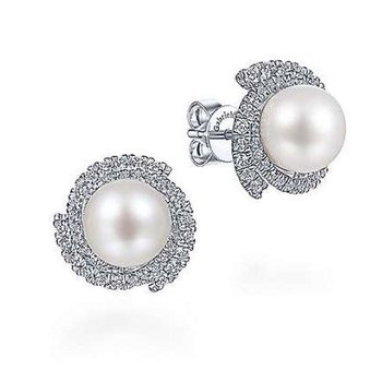 14KW 0.64TDW FW PEARL SWIRLING HALO STUD EARRINGS