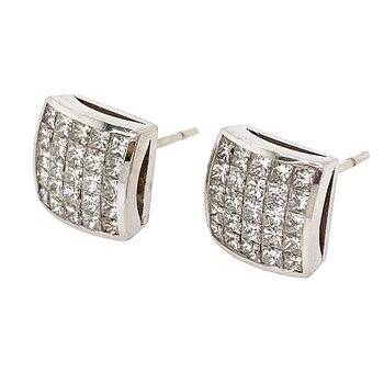 18k White Gold Invisibly Set Princess Cut Diamond Earrings