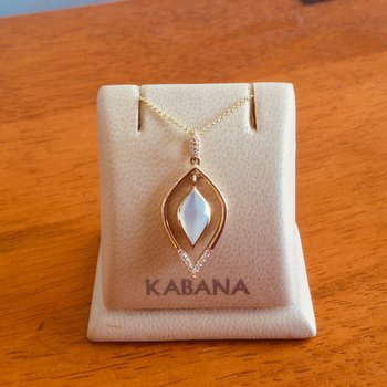 14k Yellow Gold White Mother of Pearl Hourglass Pendant with Diamond