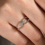 Signature Collection 14k Yellow Gold Twisted Rope Pave' Diamond Ring