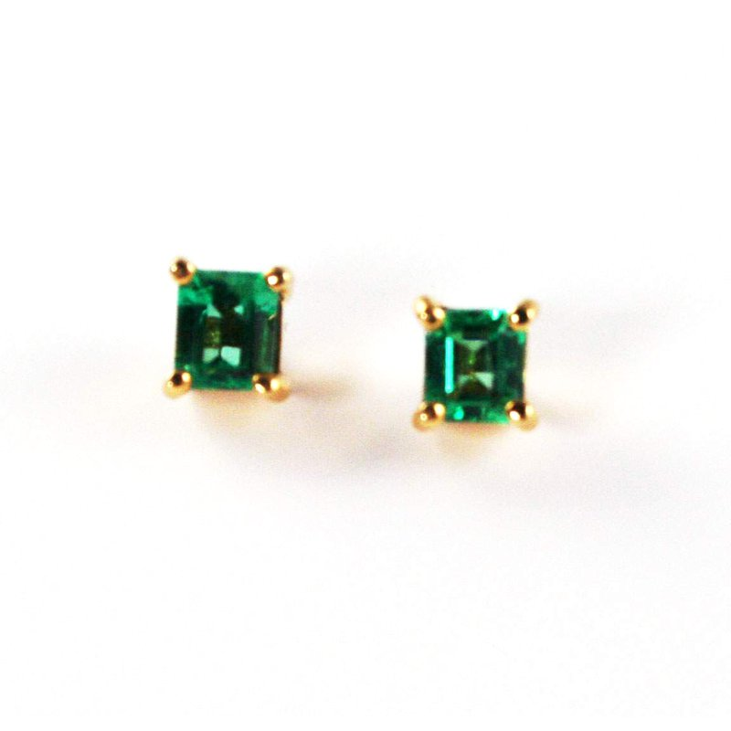 Signature Collection 18k Yellow Gold Square Cut Genuine Colombian Emerald Earrings - #4987