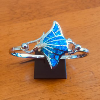 Sterling Silver and 18k Gold Plate Manta Ray Topper with Kyocera Lab Created Opal