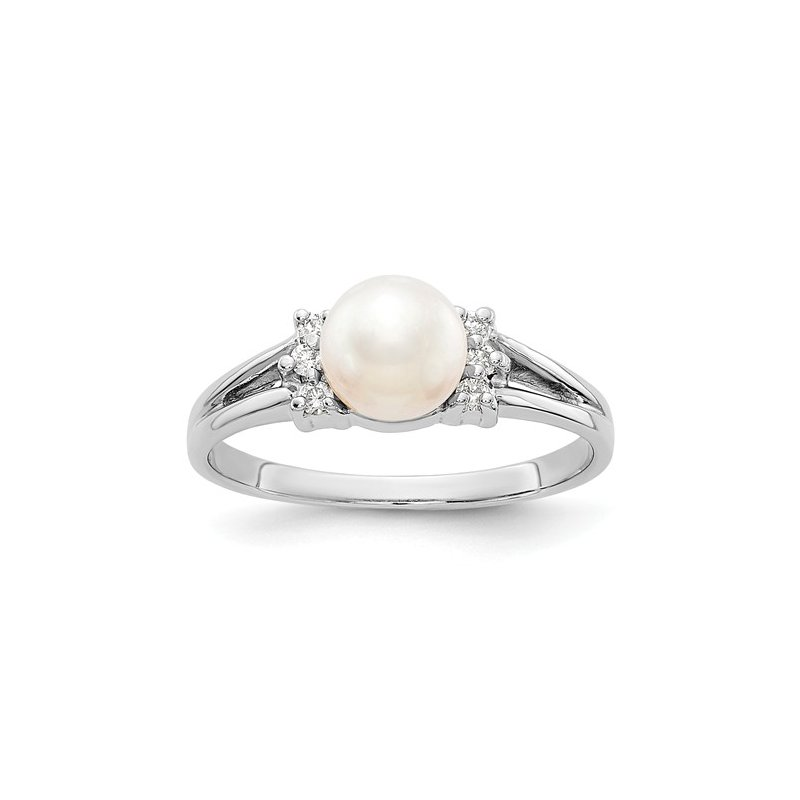 Signature Collection 14k White Gold 6mm Freshwater Pearl and Diamond Ring