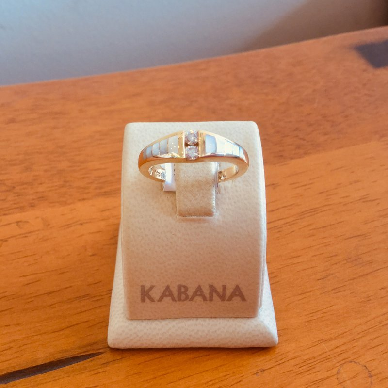 Kabana Jewelry Kabana White Mother of Pearl Inlay and Diamond Ring in 14k Yellow Gold