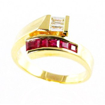 18k Yellow Gold Ruby and Diamond Ring - #24328