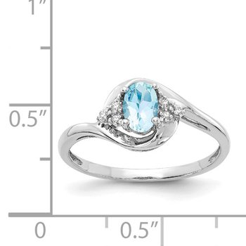 14k White Gold Oval Genuine Aquamarine and Diamond Ring.