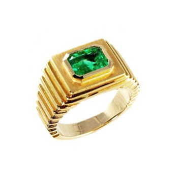 Colombian Emerald Ring in 14k Yellow Gold