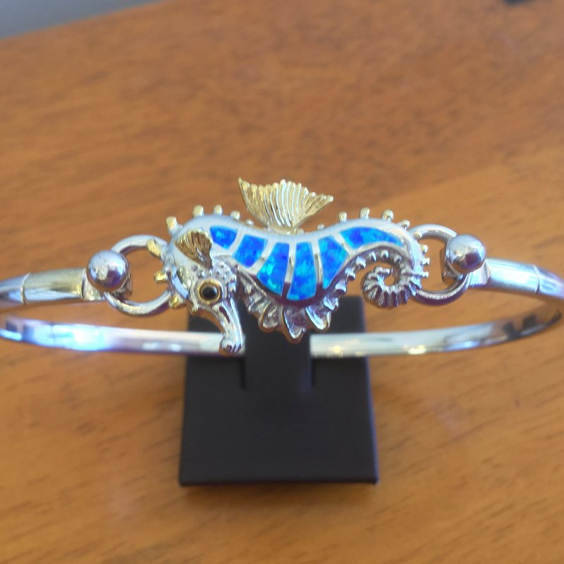 Kovel Sealife Sterling Silver and 18k Gold Plate Seahorse Topper with Kyocera Lab Created Opal