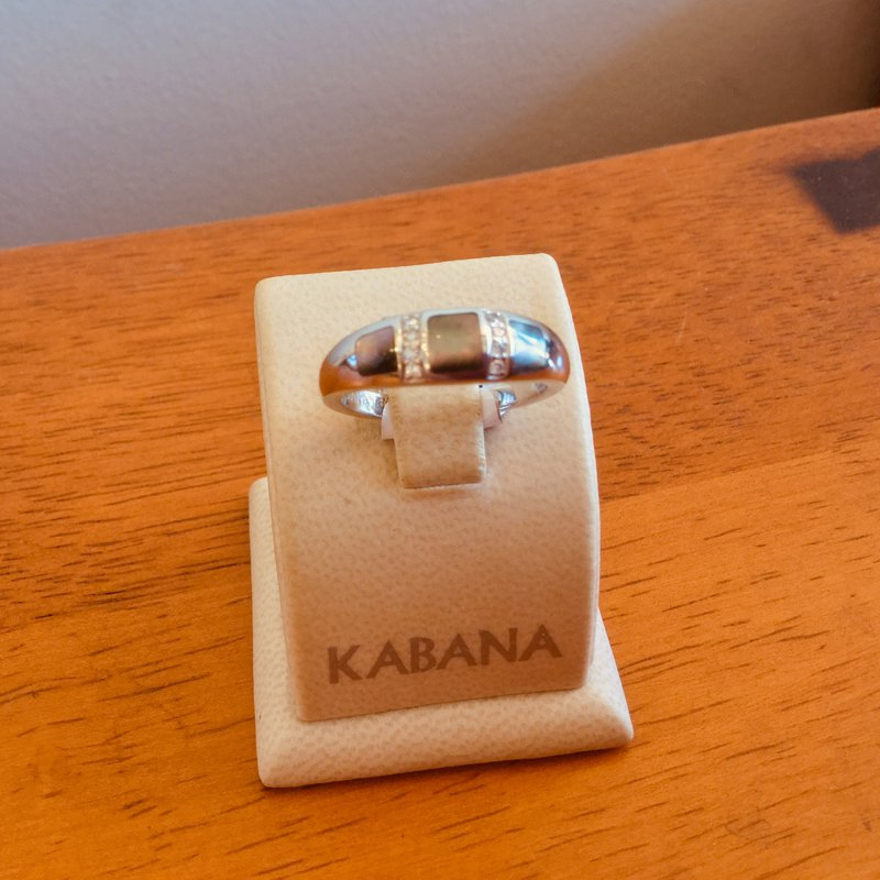 Kabana Jewelry Black Mother of Pearl Inlay & Diamond Ring in 14k White Gold