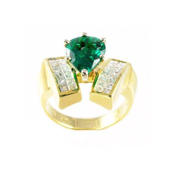 Genuine Emerald and Diamond Ring in 18k Yellow Gold - 25625