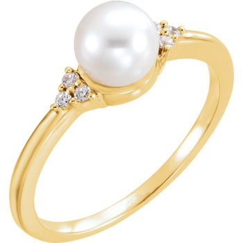 From the Pearl Collection Classic 14k Yellow Gold Akoya Pearl and Diamond Ring