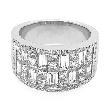 18k White Gold Princess Cut, Baguette & Round Diamond Ring