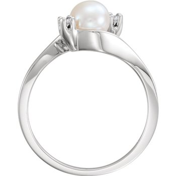 From the Pearl Collection 5.5mm White Akoya Pearl and Diamond Bypass Ring