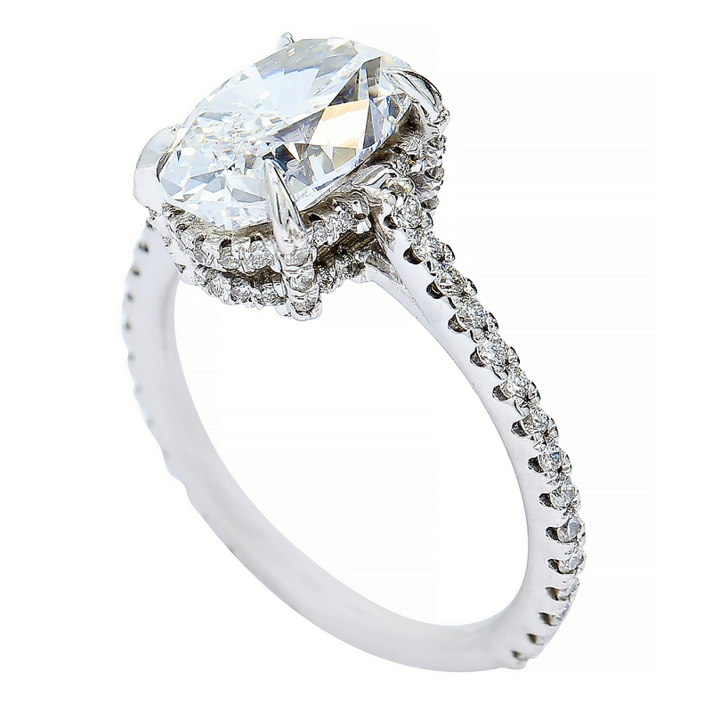 Lunaria 3.01 Oval Halo Engagement Ring